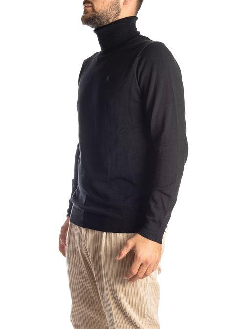 Maglione collo alto nero REFRIGUE | Maglieria | R40571COLLO-001