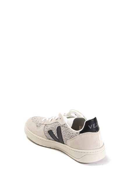 Sneaker v-10 flannel bianco/nero VEJA   Sneakers   V-10DFLANNEL-041439