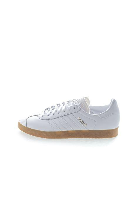 Adidas sneaker gazelle pelle bianco ADIDAS | Sneakers | BD7479GAZELLE-WHITE