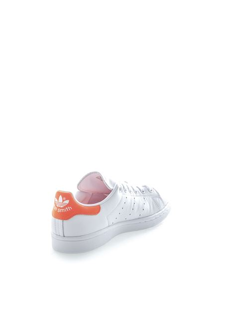 Adidas sneaker stan smith bianco/arancione ADIDAS | Sneakers | EE5863STAN SMITH-WHT/ORANGE