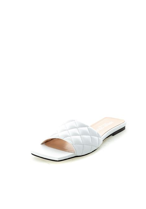 Ashley Cole sandalo flat matelassé bianco ASHLEY COLE | Sandali flats | PAS334NAPPA-BIANCO