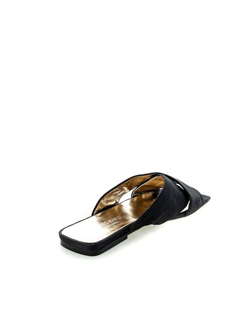 Sandalo Layla raso nero ASHLEY COLE | Sandali flats | PASLAYLARASO-NERO