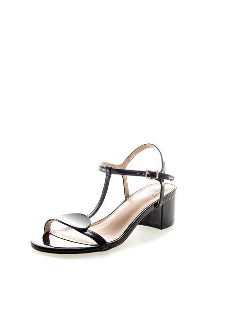 Bibi lou sandalo con bottone vernice nero BIBI LOU   Sandali   871VERNICE-NERO