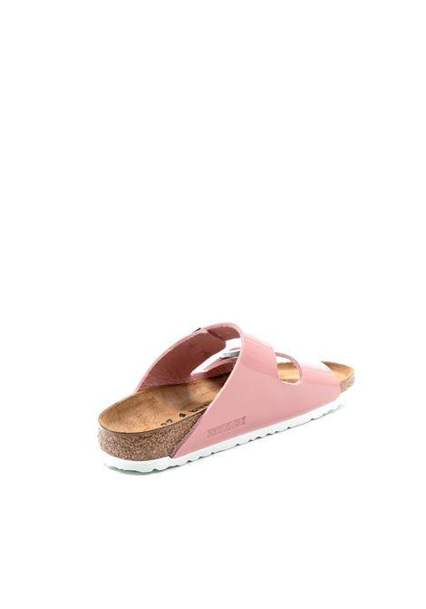 Birkenstock sandalo arizona patent rosa BIRKENSTOCK | Sandali flats | ARIZONA1016071-OLD ROSE
