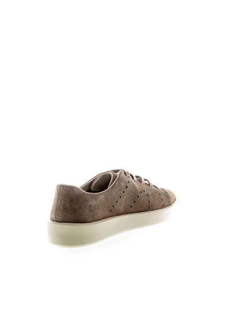 Camper sneaker courb beige CAMPER | Sneakers | K100432SLOM-017