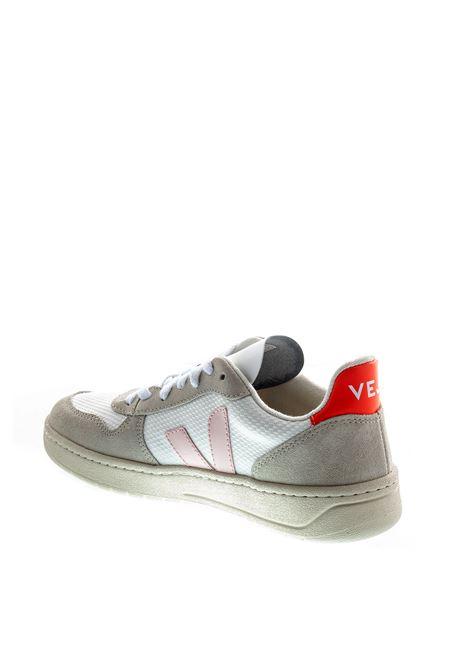 VEJA SNEAKER V10 bIANCO/ROSA VEJA | Sneakers | V10MESH-12142
