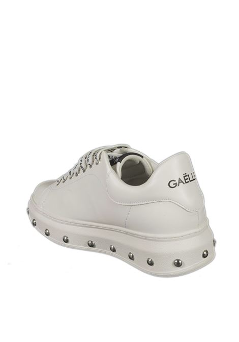 Sneaker studs bianco GAELLE | Sneakers | 2255PELLE-BIANCO