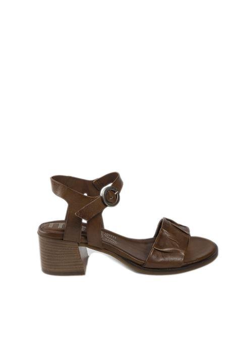 Sandalo rouche cuoio MJUS | Sandali | P09002PELLE-MUSTARD