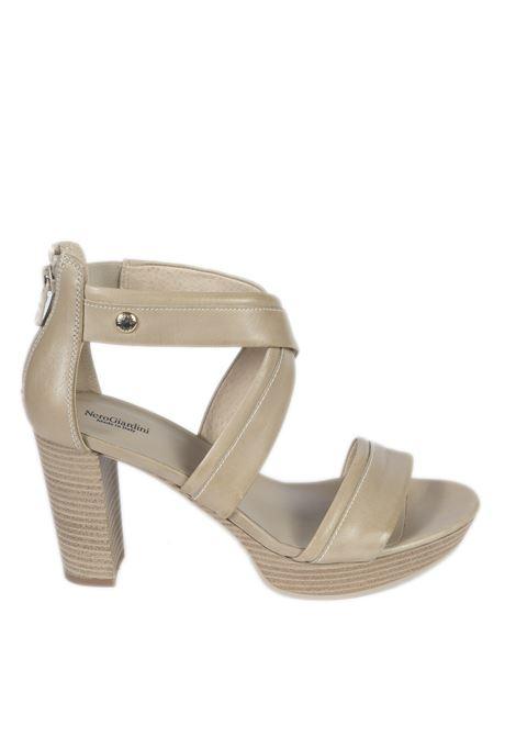 Sandalo tamigi sabbia NERO GIARDINI | Sandali | 012210TAMIGI-410