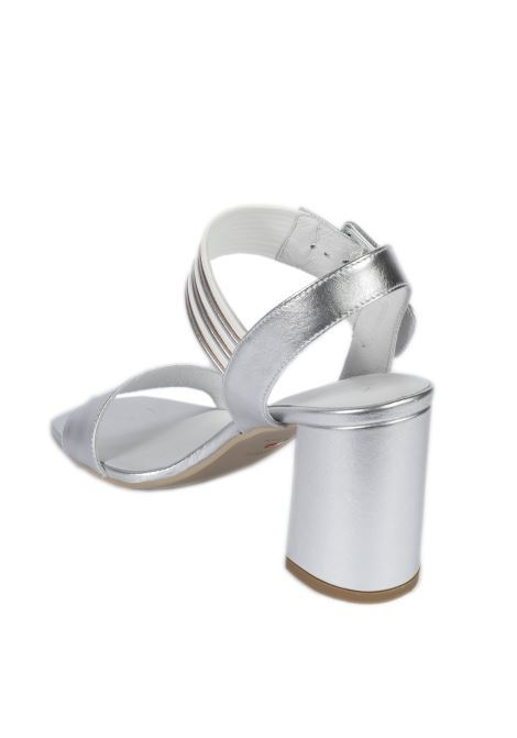 Sandalo oxigen fibbia argento NERO GIARDINI | Sandali | 012564OXIGEN-700