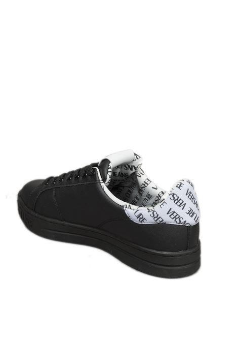 Sneaker tab logo bianco VERSACE JEANS COUTURE   Sneakers   SK371962-899