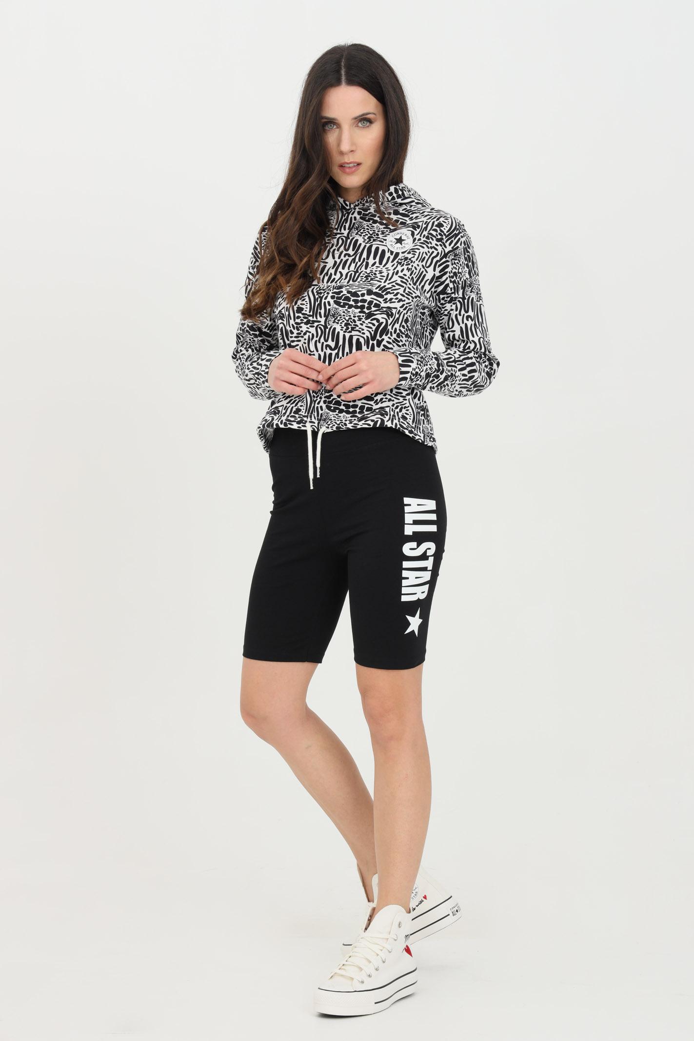 Shorts donna nero Converse sport modello corto in cotone con stampa laterale. Slim fit