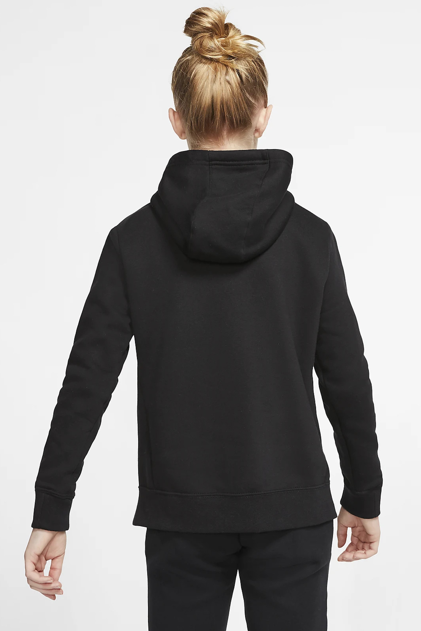 Black hoodie with contrasting front logo. Baby model. Brand: Nike NIKE | Sweatshirt | BV2717010