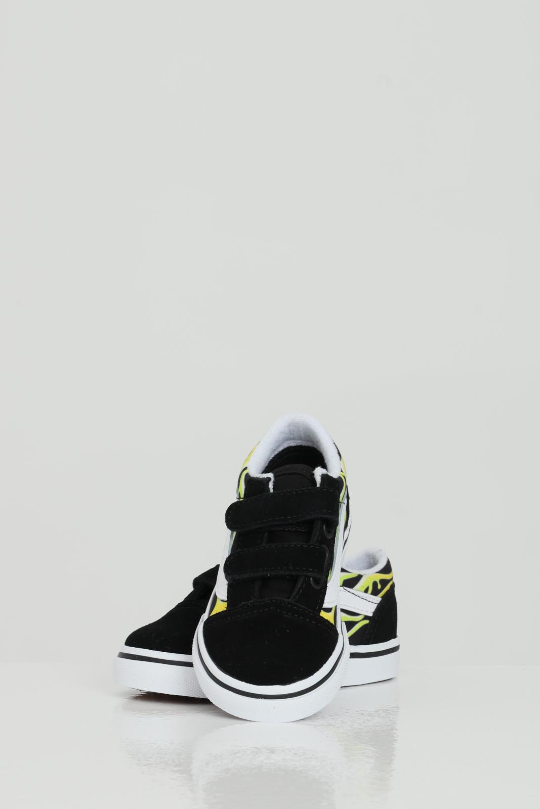 Old Skool V sneakers with flame print. VANS   Sneakers   VN0A38JN31M131M1
