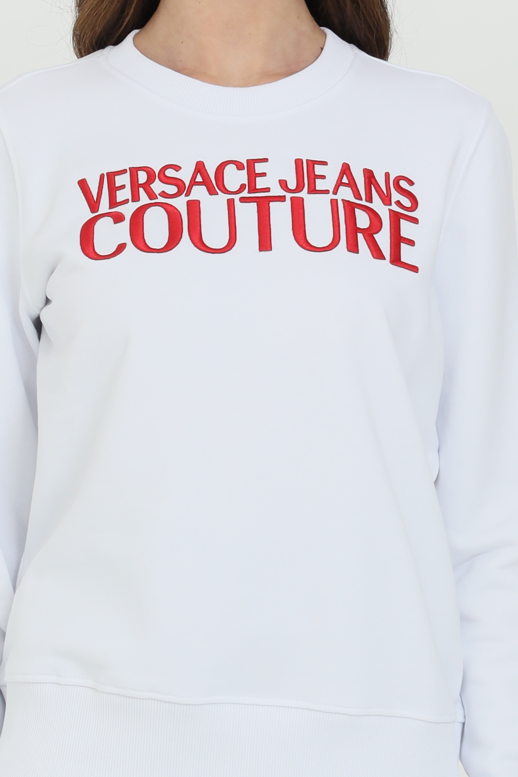 Felpa donna bianca versace jeans couture girocollo con logo ricamato frontale in rosso VERSACE JEANS COUTURE | Felpe | B6HWA7TS30318003