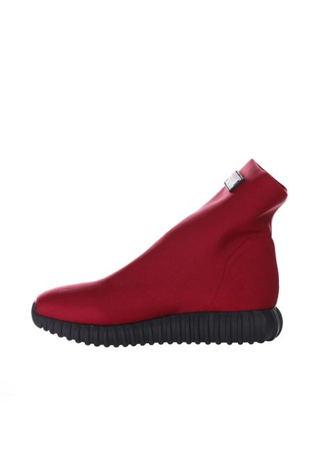 Light 230 B sneakers in solid colours GIOSELIN   Sneakers   LIGHT 230 BFONDO NERO