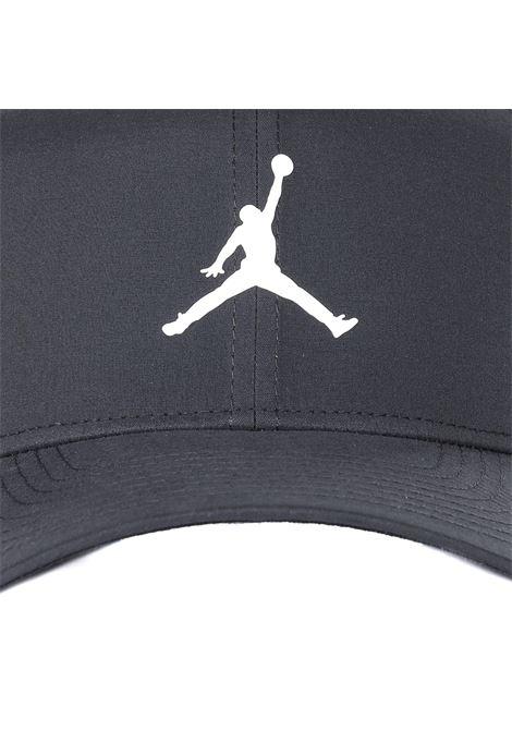 Cappello con logo frontale a contrasto NIKE | Cappelli | AV8439010