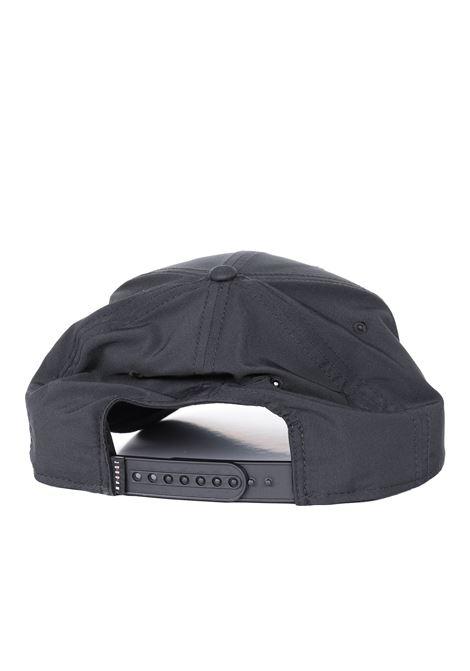 Cappello con logo frontale a contrasto NIKE   Cappelli   AV8439010