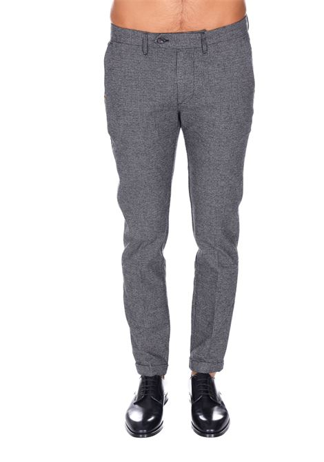 Pantalone Classico Zero Costruction ZERO COSTRUCTION | Pantaloni | BED051LNF001
