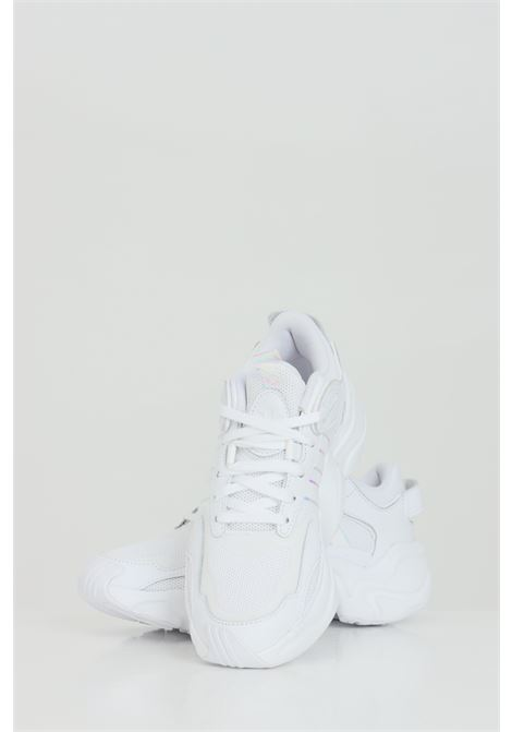 Magmur Runner Sneakers FTWWHT/FTWWHT/FTWWHT  with glitter inserts. ADIDAS | Sneakers | FV1158FTWWHT/FTWWHT