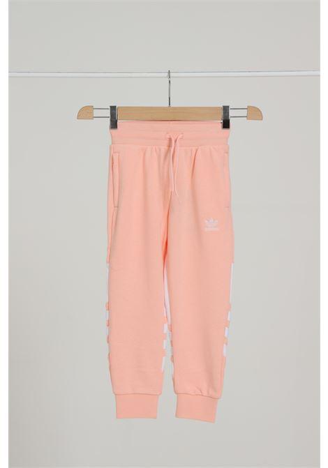 Pantalone Logato Con Molla In Vita ADIDAS | Pantaloni | GE5877HAZCOR/WHITE