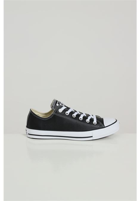 Black leather sneakers in solid color with rubber sole and round toe, closure with laces. Converse CONVERSE | Sneakers | 132174C001