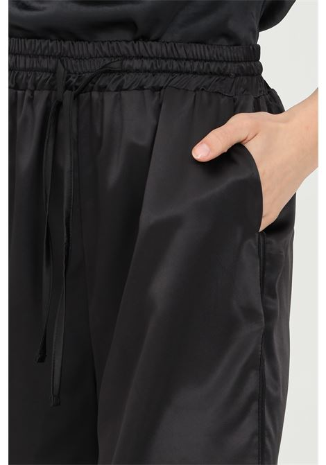 Pantaloncino con vita elastica e tasche laterali KONTATTO | Shorts | MU2033NERO