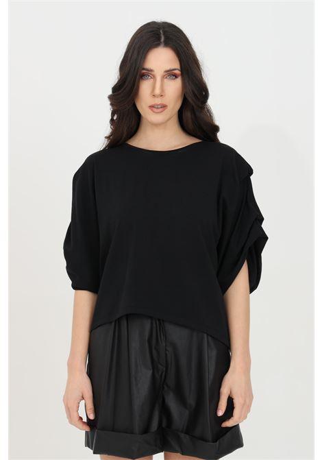 Black women's t-shirt with short sleeves, short cut. Brand: Kontatto KONTATTO | T-shirt | TE513NERO