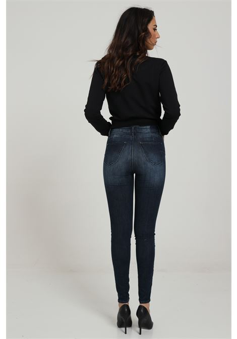 MET | Jeans | GISELLE ACUNI