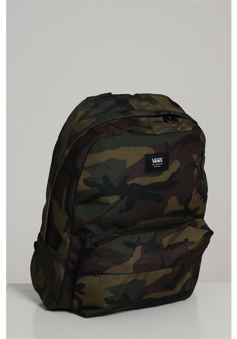 Green backpack with allover military print with small logo on the front and adjustable shoulder straps. Vans  VANS | Backpack | VN0A3I6R97I1CLASSIC CAMO