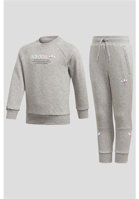 Tuta bambino unisex grigio adidas con logo frontale ADIDAS | Tute | GN7430.