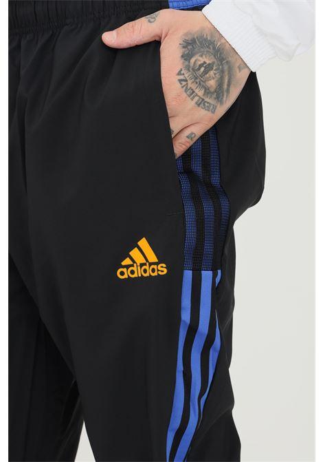 Pantaloni da rappresentanza tiro real madrid uomo nero adidas ADIDAS | Pantaloni | GR4321.