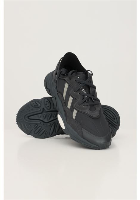 Black men's ozweego sneakers by adidas with fabric inserts ADIDAS | Sneakers | H04240.