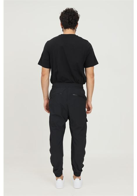 Pantaloni adidas sportswear cargo twill uomo nero ADIDAS | Pantaloni | H42026.