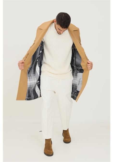 Cappotto uomo cammello alessandro dell'acqua taglio lungo con fodera stampata ALESSANDRO DELL'ACQUA | Cappotti | AD1198/T302416D