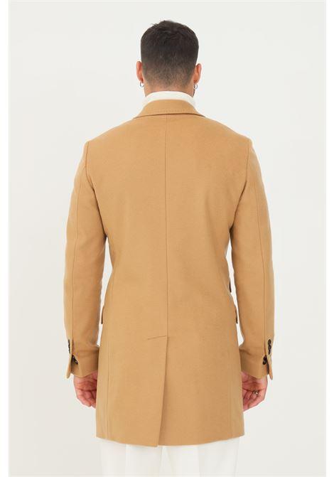 Cappotto doppiopetto uomo cammello alessandro dell'acqua taglio lungo ALESSANDRO DELL'ACQUA | Cappotti | AD1708/T302416D