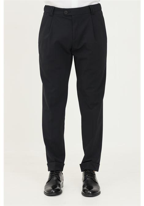 Pantaloni nero uomo alessandro dell'acqua con elastico in vita ALESSANDRO DELL'ACQUA | Pantaloni | AD7134J/J0110EJ80