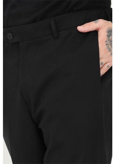 Pantaloni uomo nero alessandro dell'acqua taglio classico ALESSANDRO DELL'ACQUA | Pantaloni | AD7339/P0095E80