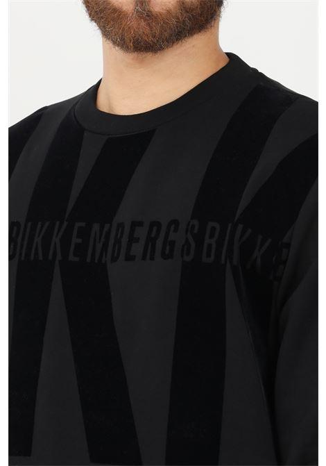 Felpa uomo nero bikkembergs girocollo BIKKEMBERGS | Felpe | C615008E2293C74