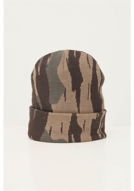 Cappello uomo a fantasia militare carhartt con risvolto e logo frontale ricamato CARHARTT | Cappelli | I029490.060HF.XX