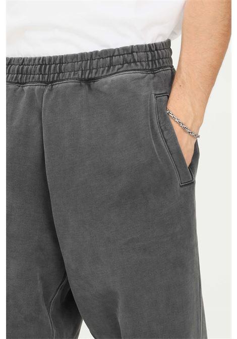 Pantaloni uomo grigio carhartt modello casual con elastico in vita CARHARTT | Pantaloni | I029525.0326.XX