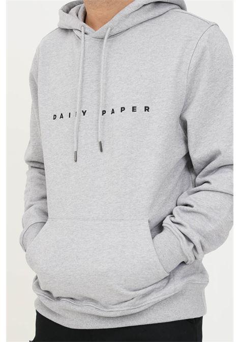 Felpa uomo grigio daily paper con cappuccio e ricamo logo a contrasto DAILY PAPER | Felpe | 2021178GREY