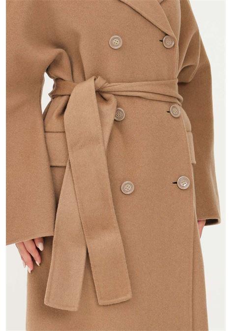 Cappotto vestaglia da donna cammello elisabetta franchi taglio lungo ELISABETTA FRANCHI | Cappotti | CP33W16E2368