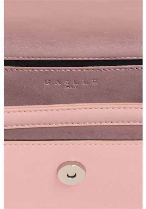 Borsa donna rosa gaelle con tracolla in tessuto e catena GAELLE | Borse | GBDA2607ROSA