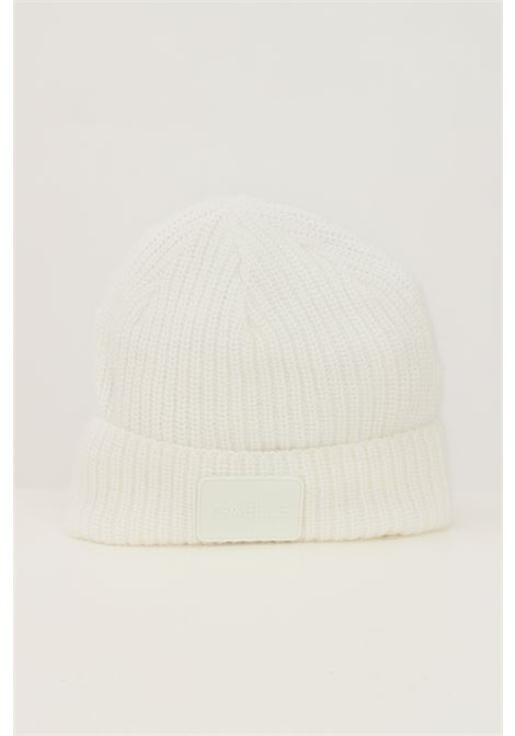 White women's hat with lapel and tone on tone logo application GAELLE | Hat | GBDA2667BIANCO