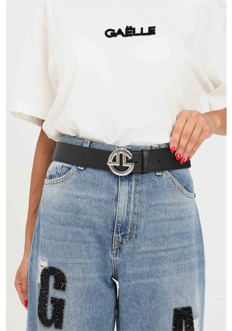 Black women's belt by gaelle with silver logo buckle GAELLE | Belt | GBDA2684NERO/ARGENTO