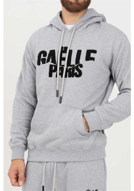 Felpa uomo grigio gaelle con cappuccio e logo frontale in rilievo GAELLE | Felpe | GBU4951GRIGIO MELANGE
