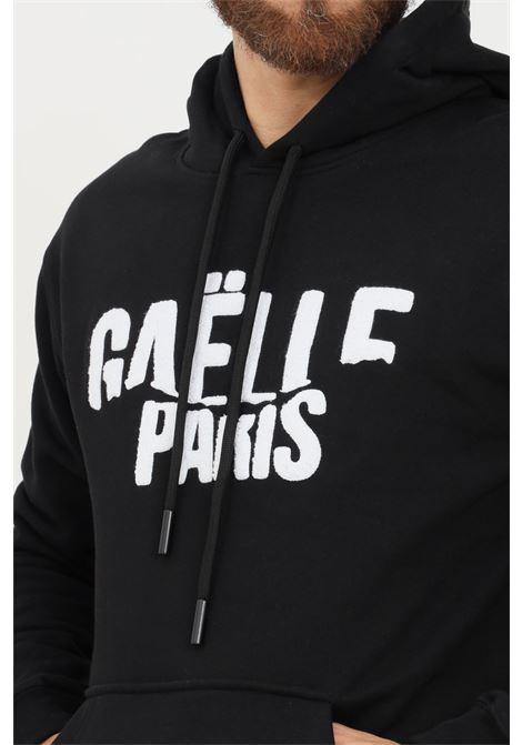 Felpa uomo nero gaelle con cappuccio e logo frontale in rilievo GAELLE | Felpe | GBU4951NERO