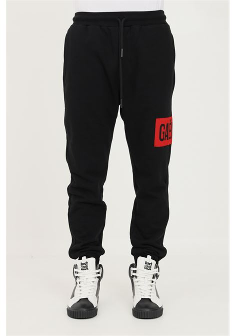 Pantaloni uomo nero gaelle casual con logo a contrasto GAELLE | Pantaloni | GBU4960NERO