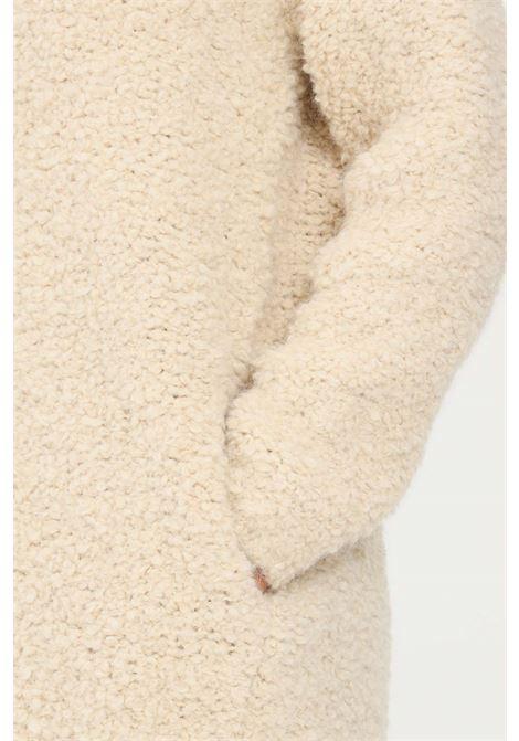 Beige women's coat by kontatto with front zip KONTATTO | Coat | 3M8374ECRU